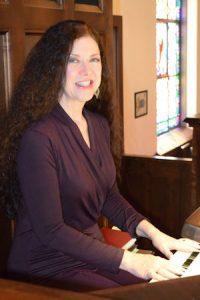 Jill at Organ (2a)